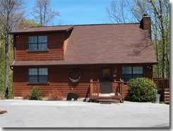 All Decked Out vacation rental Gaglinburg Tennessee