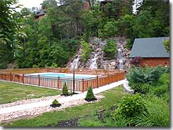 Laughing Bear Retreat vacation rental cabin Pigeon Forge / Sevierville Tenness2